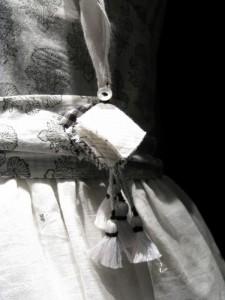 Detail Péro