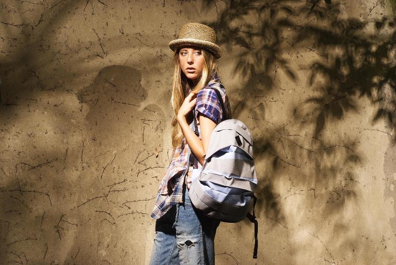 Yohji Yamamoto shirt, Pleats Please-Issey Miyake bag, Johnbull jeans, Scha hat