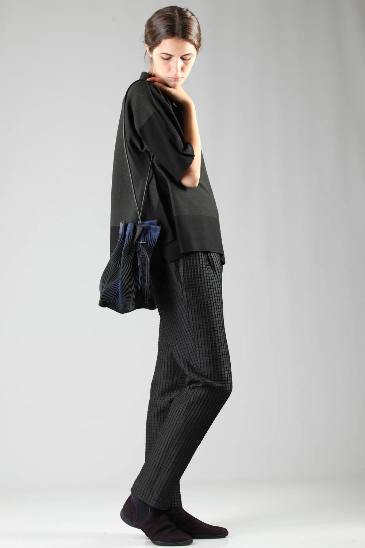 issey miyake fw 2016 black apoc t-shirt bag