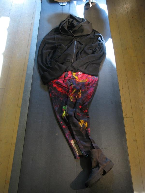 Yohji-Yamamoto-Outfit-AW15-Sale