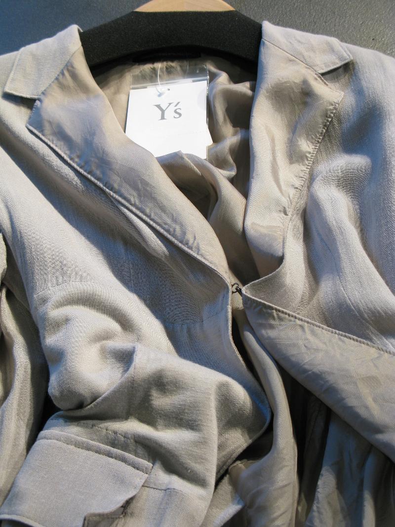 Y's Yohji Yamamoto Spring/Summer 2016 jacket detail