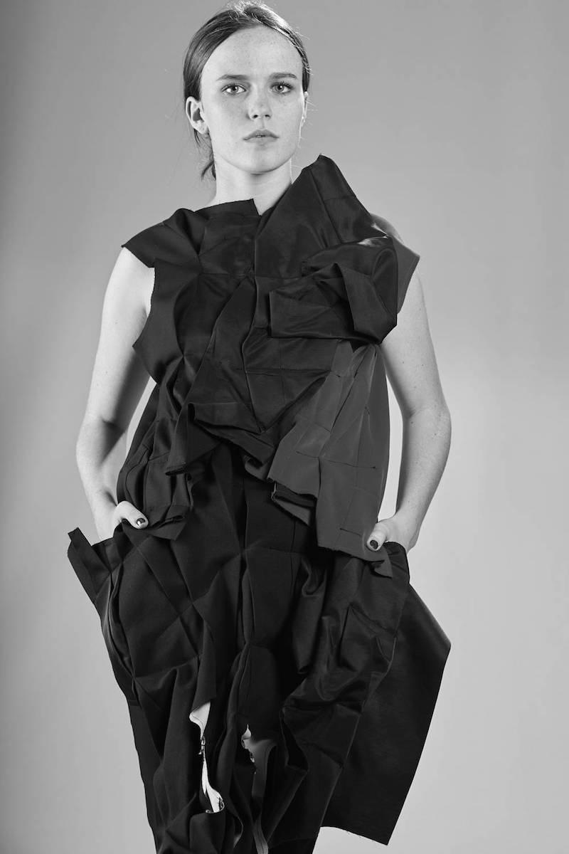 Comme des Garçons Ivo Milan, IVO MILAN Radical Fashion; Comme des Garçons shop online, Comme des Garçons Metropolitan Art Museum, Comme des Garçons Exhibition, Comme des Garçons Ivo Milan Padova, Comme des Garçons Rei Kawakubo shop online, Ivo Milan Rei Kawakubo