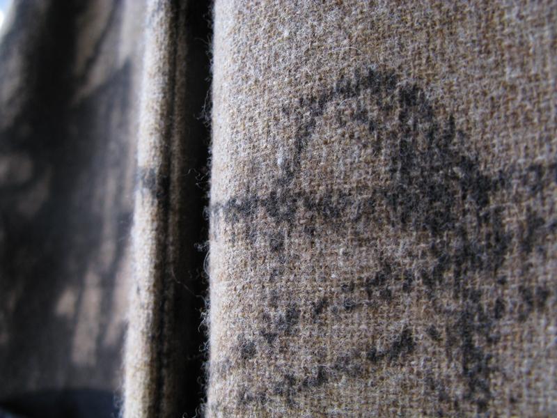 daniela-gregis-2017-2018-coat-detail