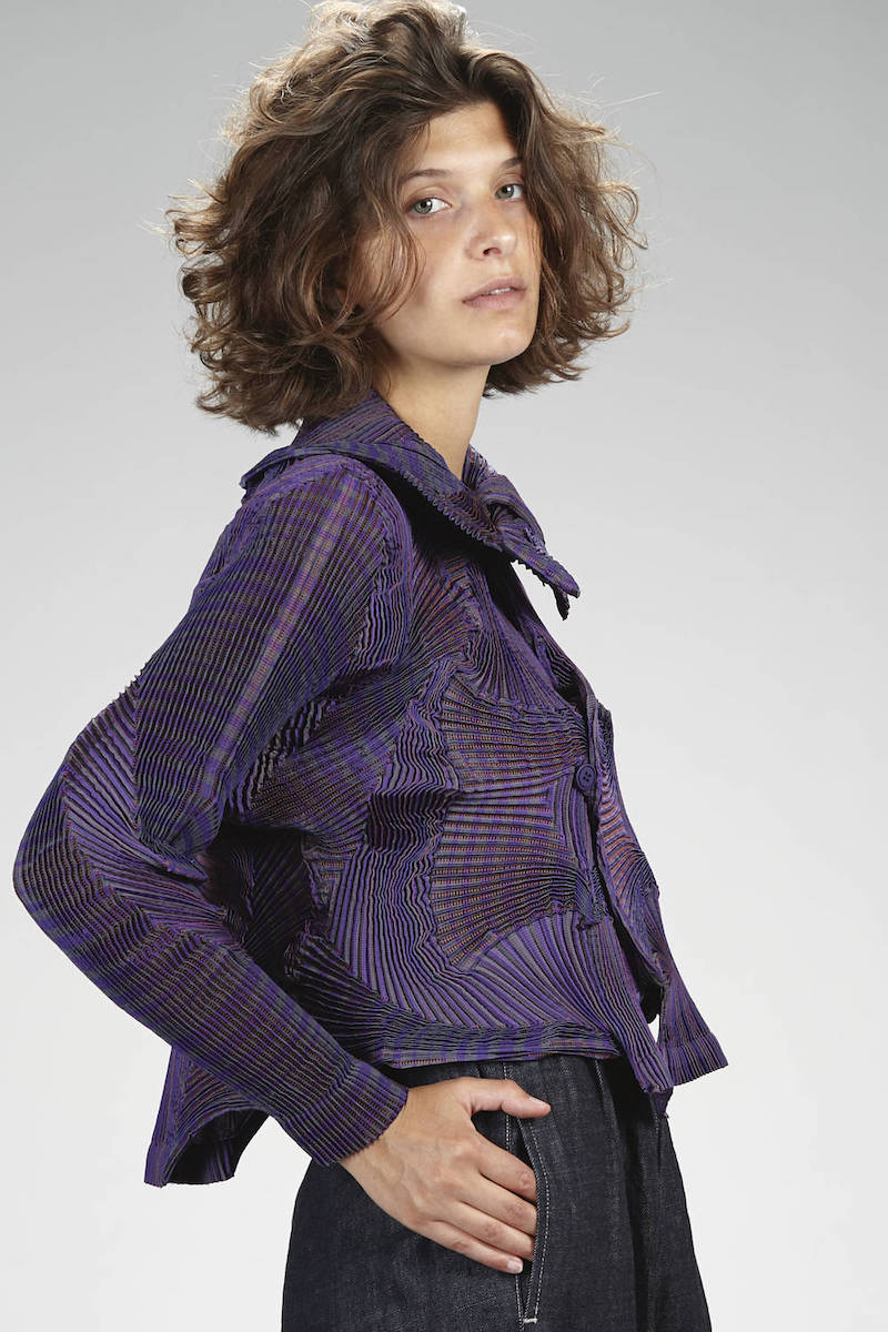 issey-miyake-precollection-fw-2019-violet-jacket